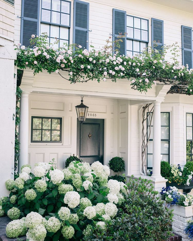 Pretty white exteriors and over 15 super cute wicker bagshellip