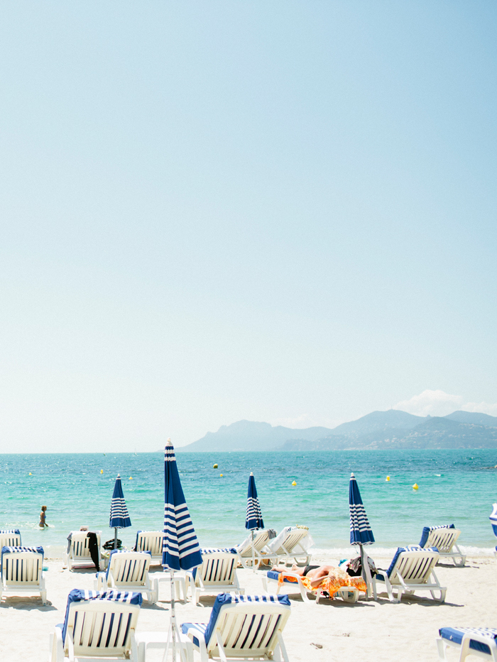 St-Tropez-Beach-Blue-White-Umbrellas-Beach