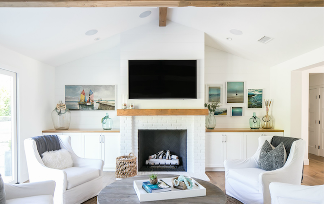 Beach-House-Coastal-Living-Room