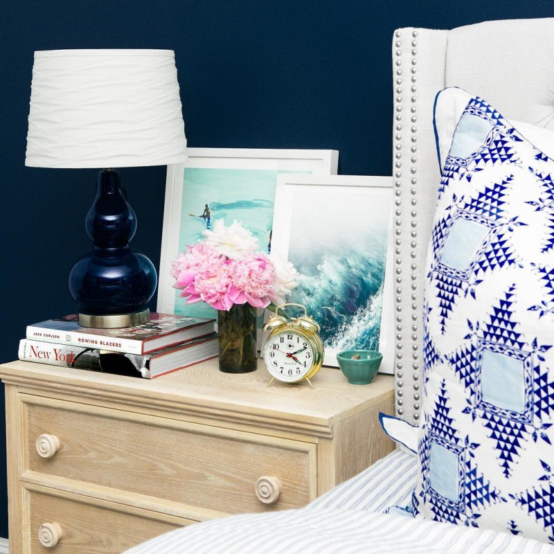 Good morning! It's going to be a hot one today. ☀️ In case you missed it, my bedroom tour is now live on the blog! lauren-nelson.com   by @alexandra__wolf #interiors #bedroom #navy