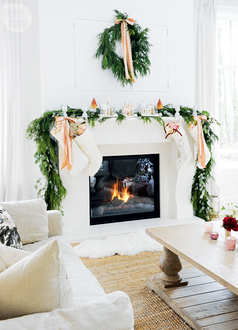 how-to-decorate-a-holiday-mantel-garland