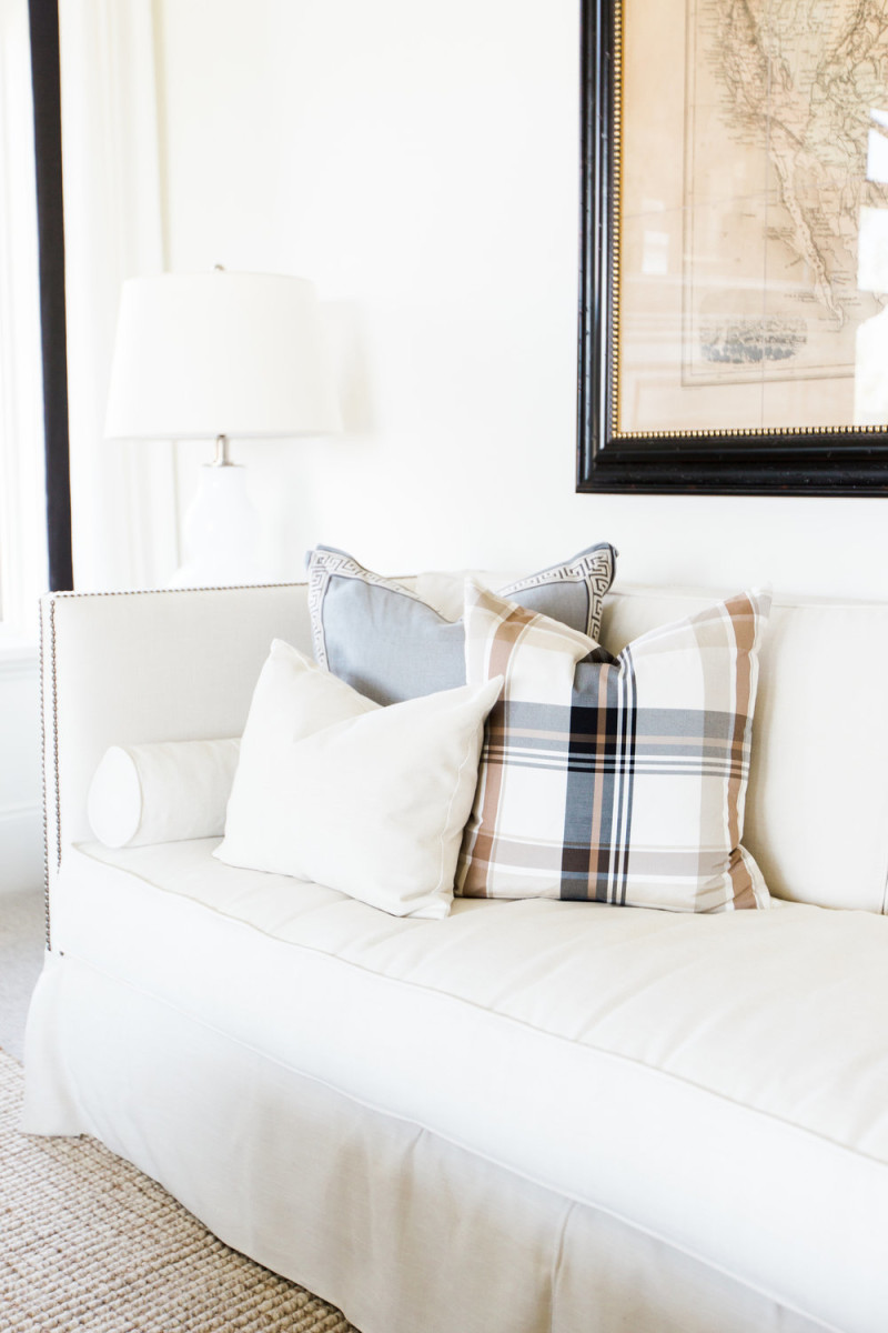 plaid-blanket-white-couch