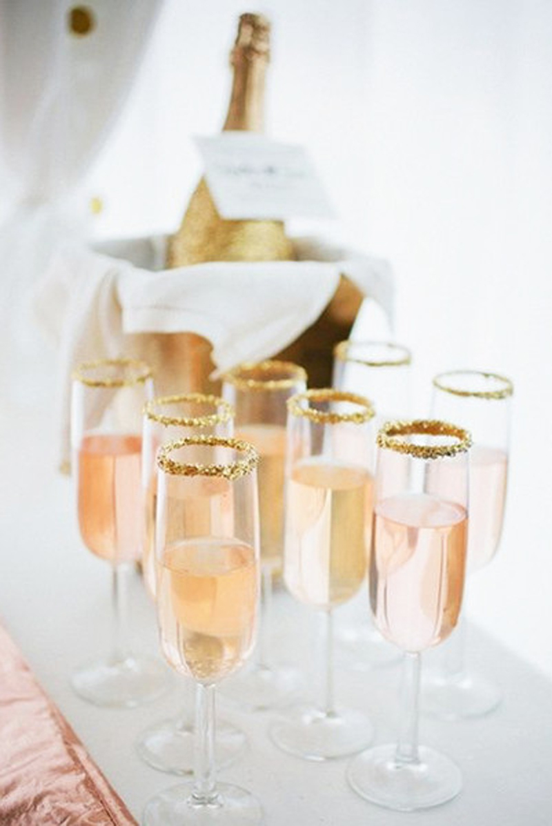 new-years-eve-champagne-party-ideas