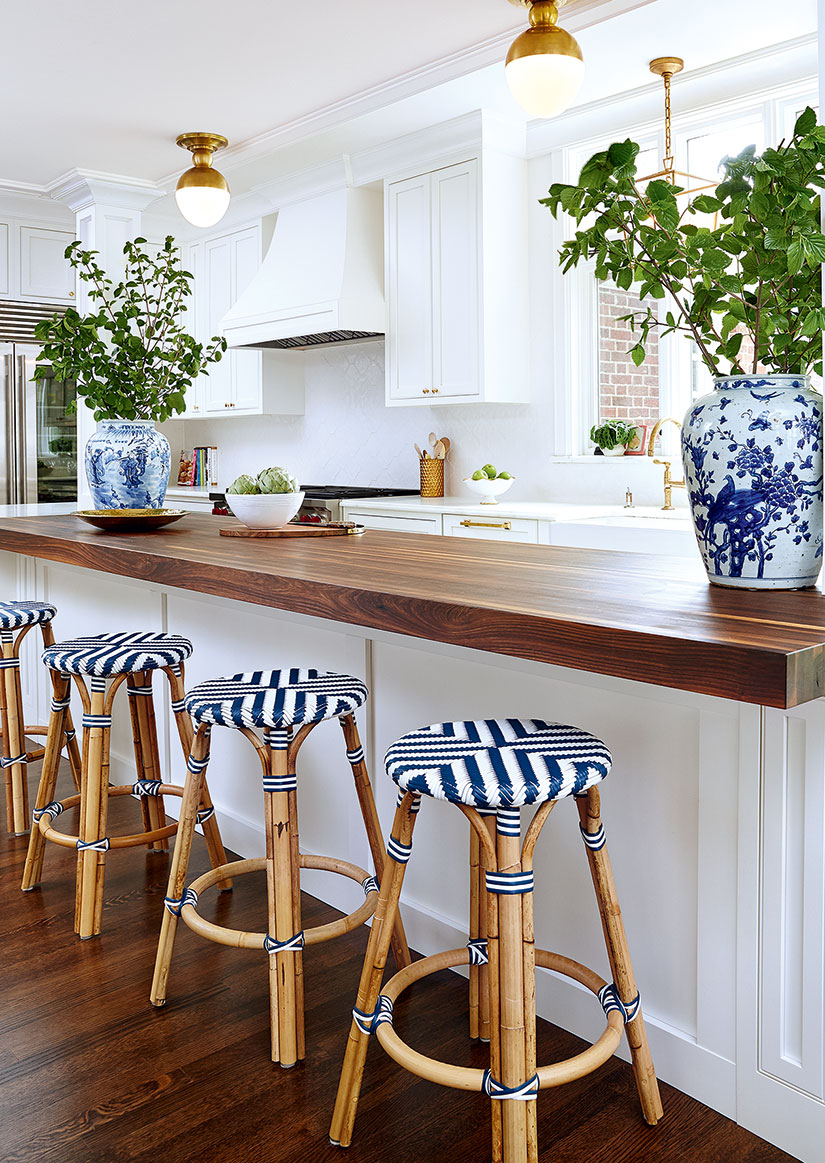 Blue-And-White-Striped-Stools