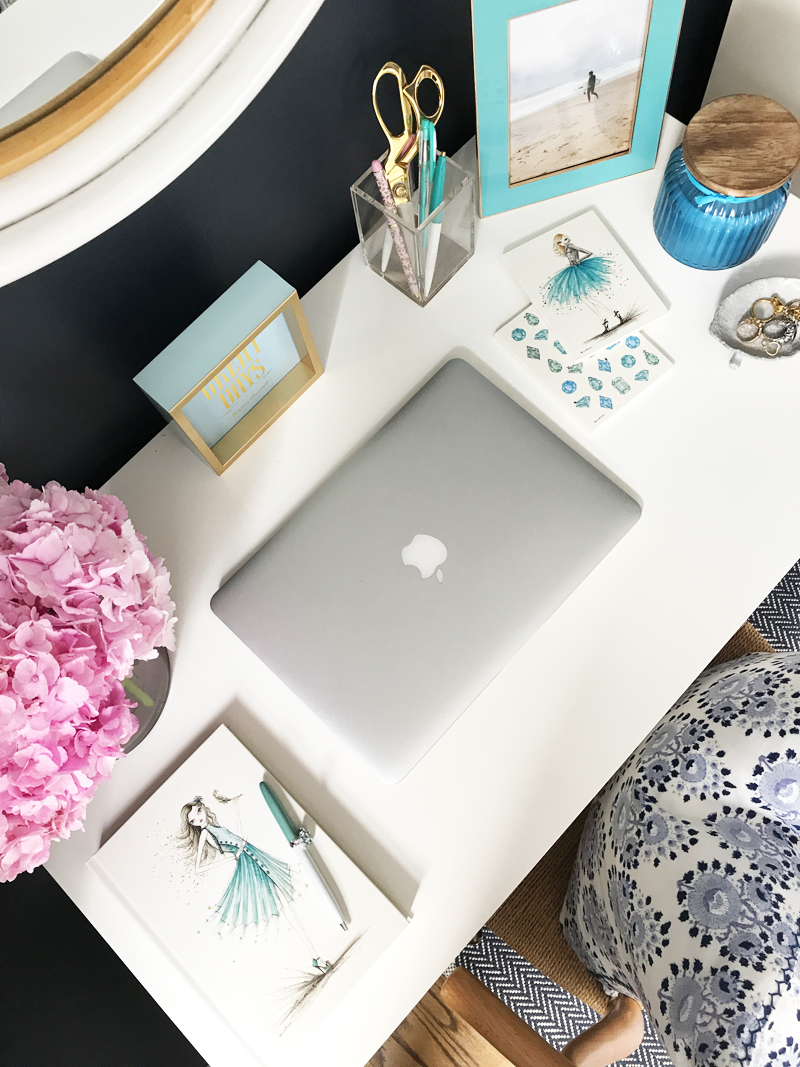 How-To-Style-Your-Desk