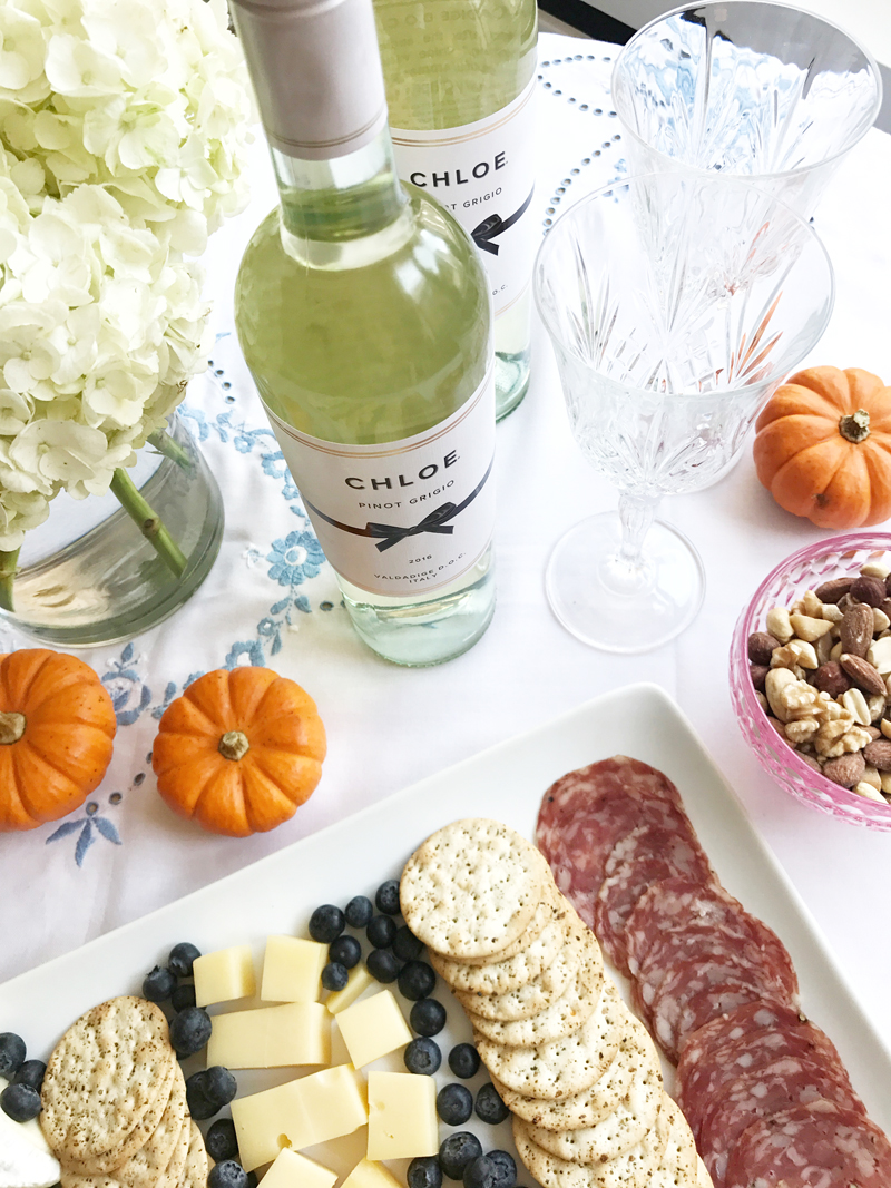 Entertaining At Home Mesmerizing 4 Tips On Entertaining Friends At Home This Fall  Lauren Nelson Design Decoration