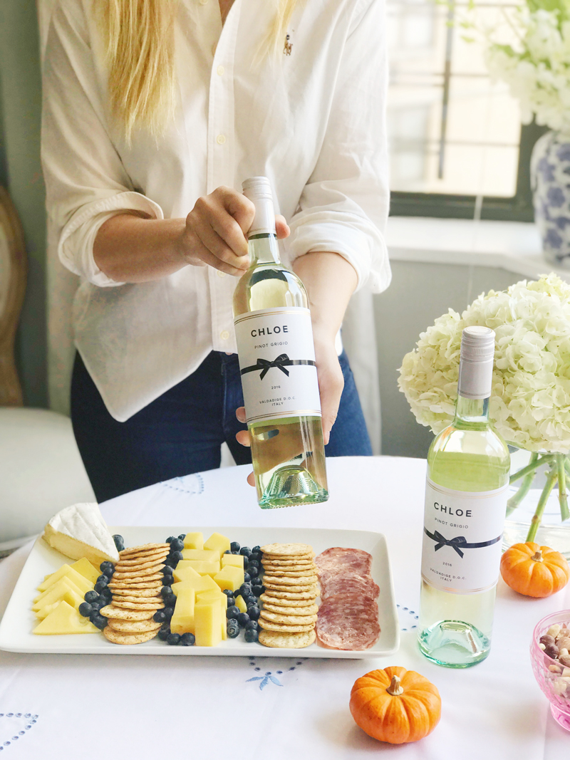Entertaining At Home 4 Tips On Entertaining Friends At Home This Fall  Lauren Nelson