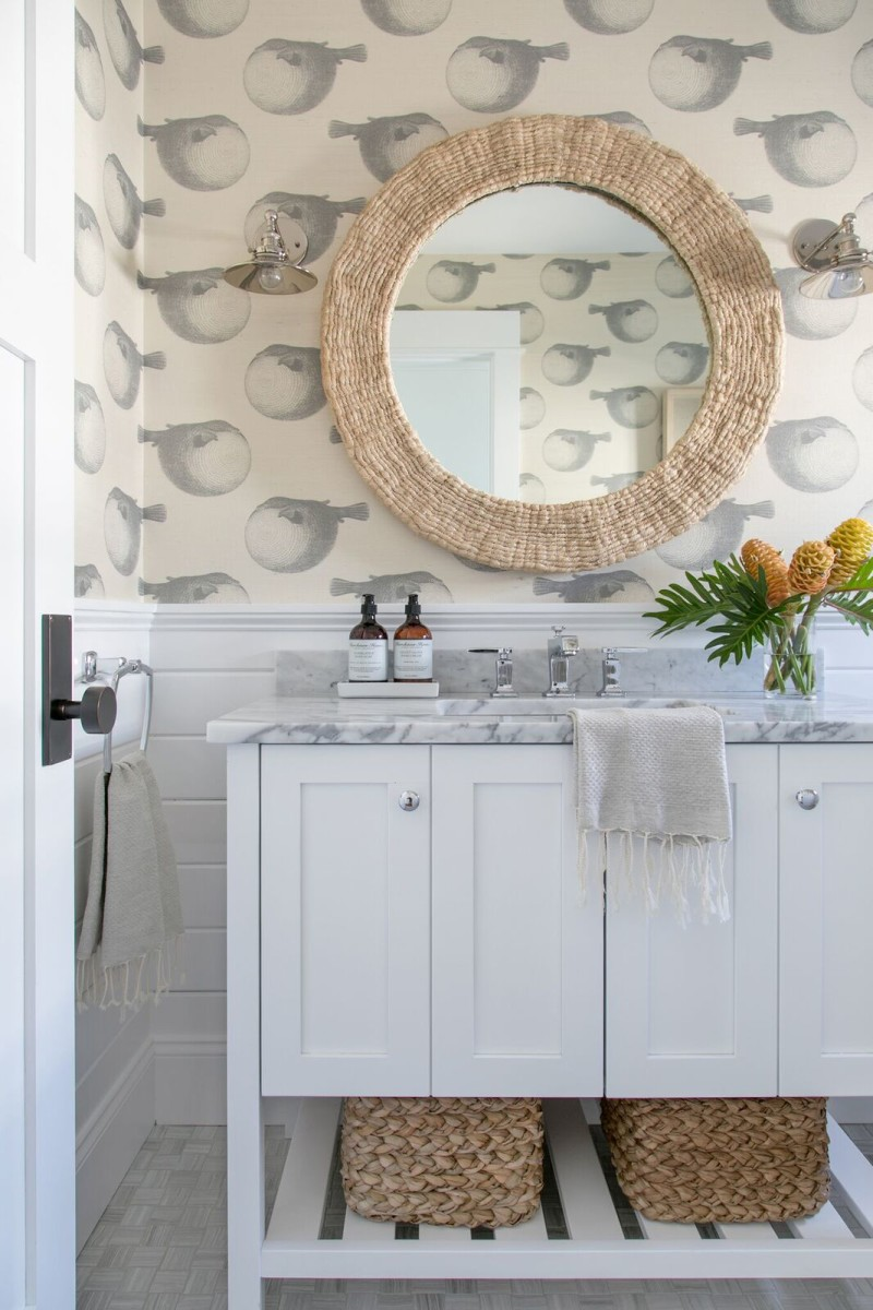 preppy-powder-room