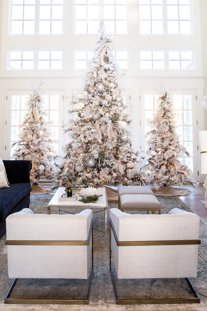 White-Christmas-Modern-Christmas-Tree